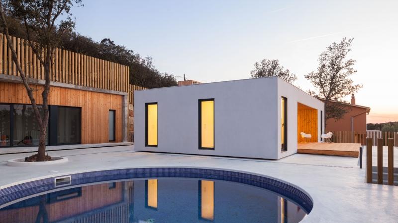 Genial House  H